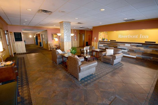 Best Western Riverfront Inn: Lobby
