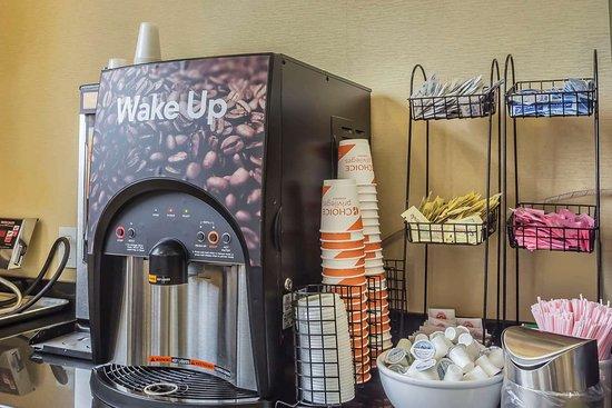 Maspeth, Нью-Йорк: Breakfast counter