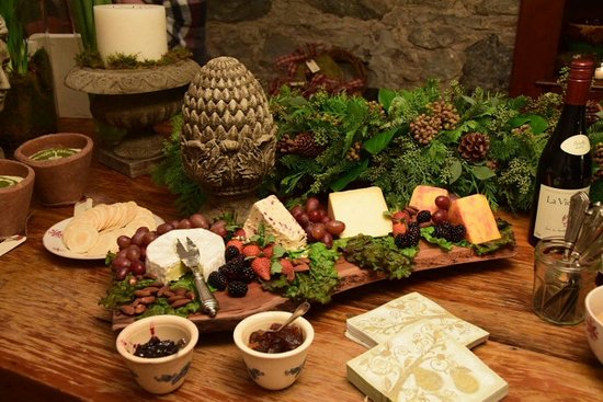 Cambridge, Canadá: Custom cheeseboards for all your entertaining needs