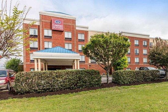 Comfort Suites Murfreesboro: Hotel exterior