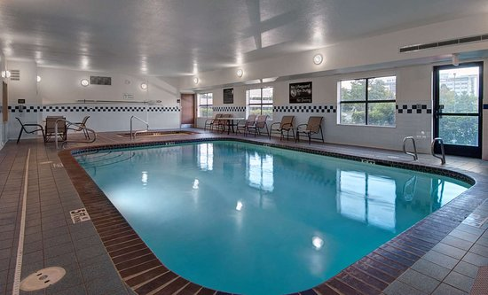 Hampton Inn Provo: Pool