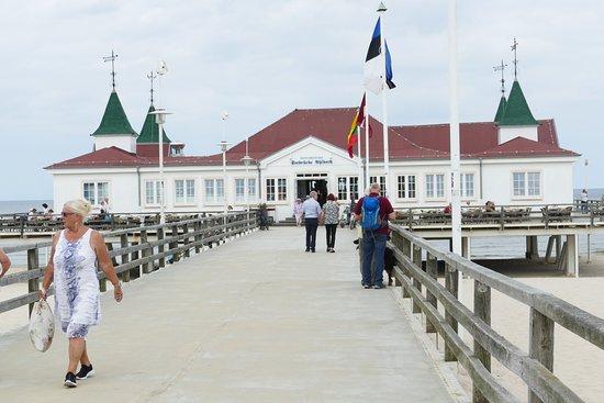 Seebad Ahlbeck, Jerman: Seebrücke in Ahlbeck