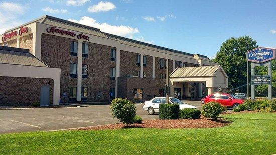 Hampton inn kansas city blue springs updated 2019 prices reviews photos mo hotel for American exteriors kc