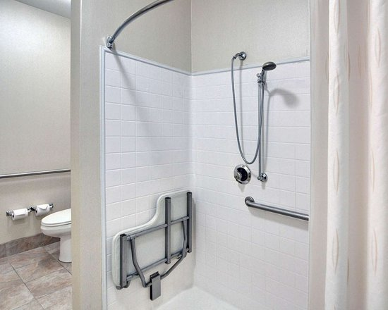 Richland Hills, TX: Bathroom in guest room