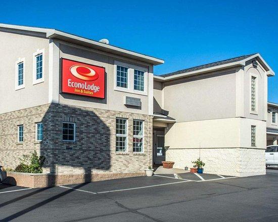 Econo Lodge and Suites North Syracuse: Hotel near Syracuse Airport