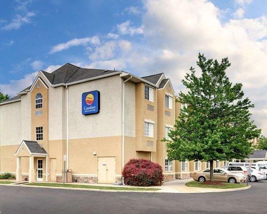 Comfort Inn & Suites Airport Dulles-Gateway: Comfort Inn and Suites Airport Dulles-Gateway hotel in Sterling, VA