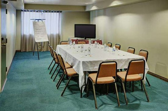 Knights Inn & Suites Miramichi : Meeting Room