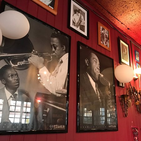 Johnny Hooper's Saxophone Bistro: photo1.jpg