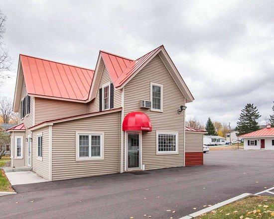 econo lodge prices motel reviews saint albans vt. Black Bedroom Furniture Sets. Home Design Ideas