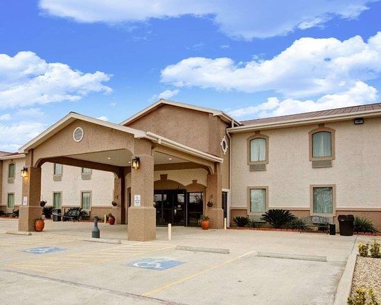 Rockdale, TX: Hotel exterior