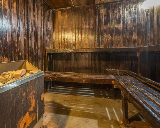 Quality Inn: Relax in the sauna