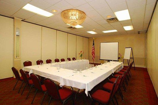 Lanham, MD: Meeting Room