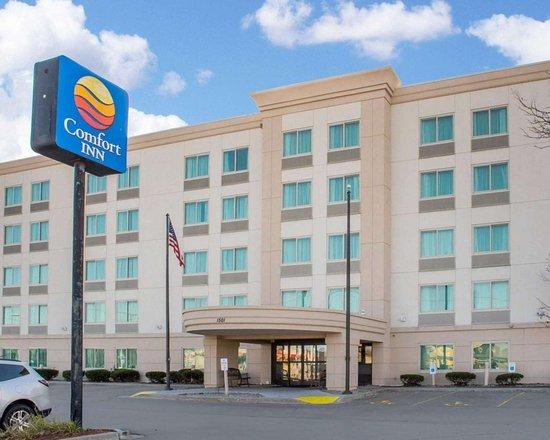 Comfort Inn & Suites - Rochester Niagara Falls: The Comfort Inn Rochester - Greece Hotel in Rochester, NY
