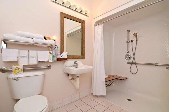 Brookfield, Миссури: Guest Room Bathroom