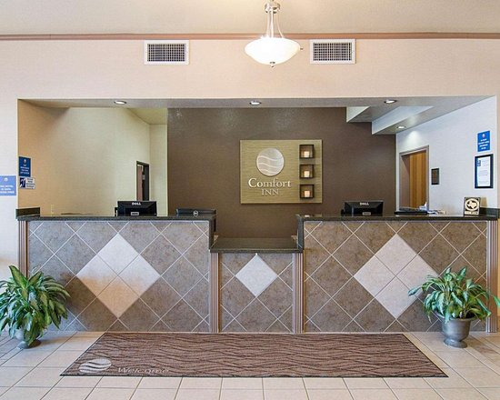 Stanton, TX: Front desk with friendly staff