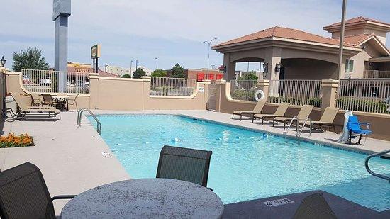 Best Western El Rancho Palacio: Pool