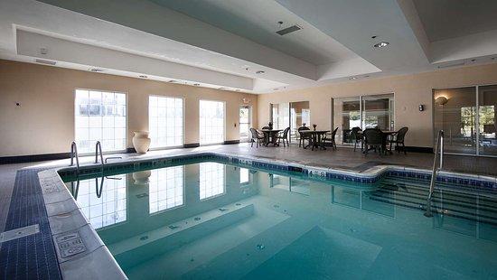 Massapequa Park, NY: Indoor Pool