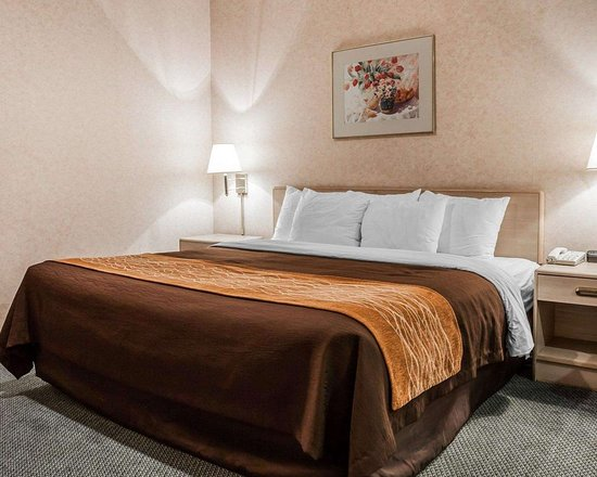 Tulalip, WA: Guest room with king bed