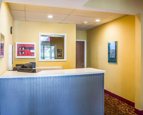 Lakeville, NY: Front desk with friendly staff