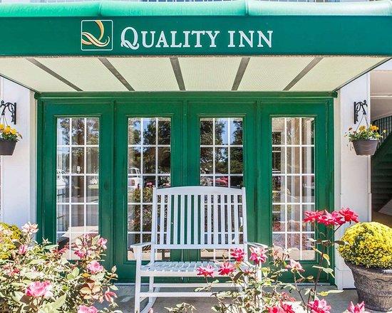 Quality Inn Decherd: Hotel exterior