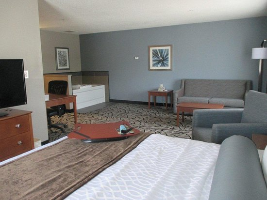 Blaine, MN: Whirlpool Guest Suite