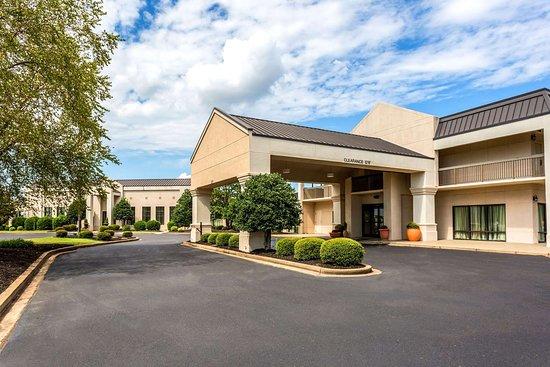 Review: Union City Hampton Inn - Quality Inn, Union City, TN