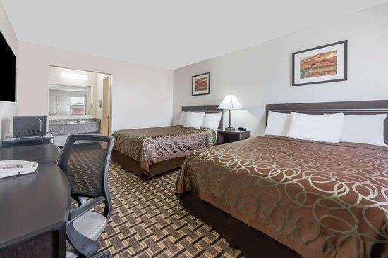 Slaton, TX: Guest room