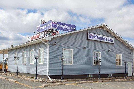 Knights Inn Woodstock: Exterior