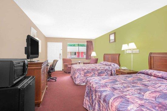 Anniston, AL: Guest room