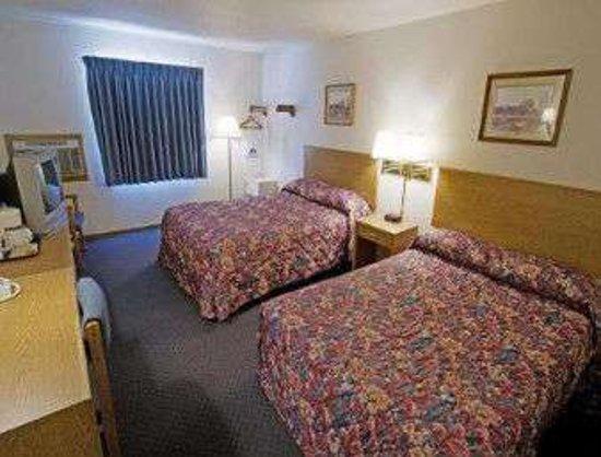 McPherson, KS: 2 Double Bed Room