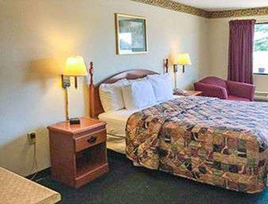 Sandersville, GA: 1 Bed Room