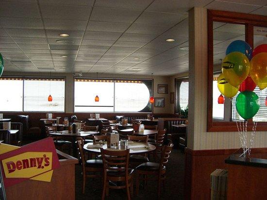 Hermiston, OR: Denny's® Restaurant