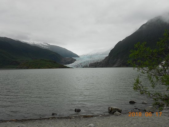Gastineau Guiding: Mendenhall Glacier after the nature walk