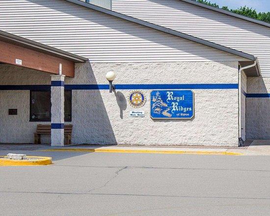 Ripon, Висконсин: Hotel exterior