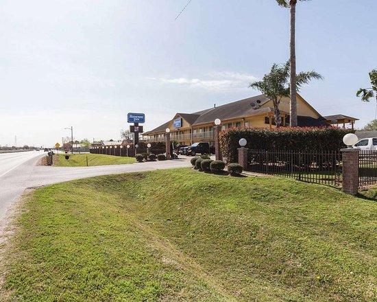 South Houston, تكساس: Hotel exterior