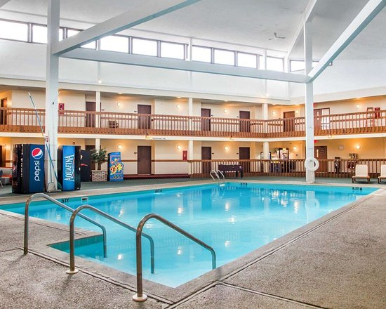 Econo Lodge Inn Suites Stevens Point 47 6 4 Updated 2019 Prices Hotel Reviews Wi Tripadvisor