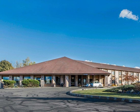 Quality Inn Central Wisconsin Airport : Hotel exterior