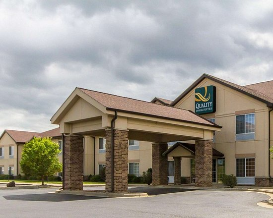 Quality Inn and Suites hotel in Lodi, WI
