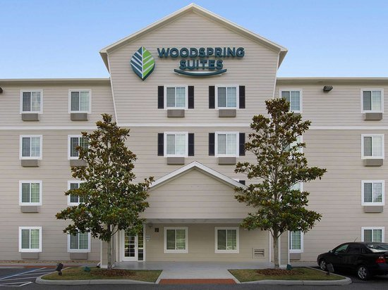 WoodSpring Suites Gainesville I-75 : WoodSpring Suites Gainesville I  FL Extended Stay Hotel Exterior  x