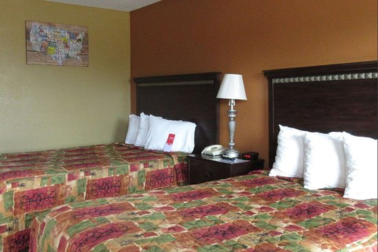 Cuthbert, GA: Guest room with two beds