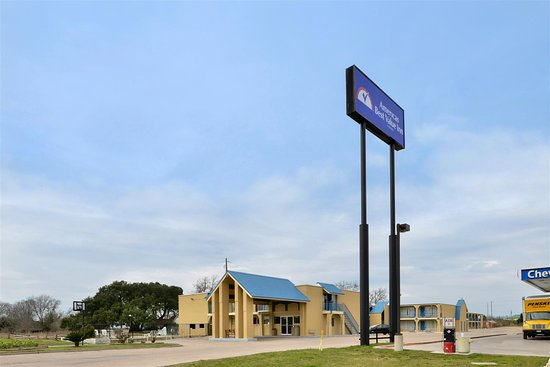 Americas Best Value Inn-Schulenburg