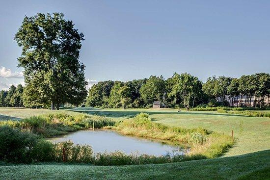 Southbury, Коннектикут: Pomperaug Country Club Golf Course