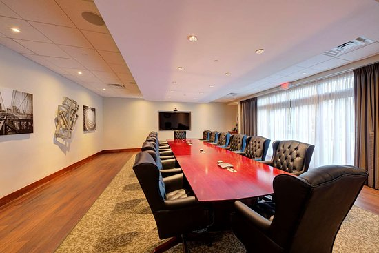 Southbury, Коннектикут: Boardroom
