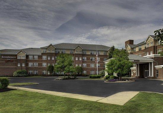 Residence Inn Cleveland Beachwood: Exterior