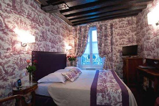 Relais Hotel du Vieux Paris: Guest room