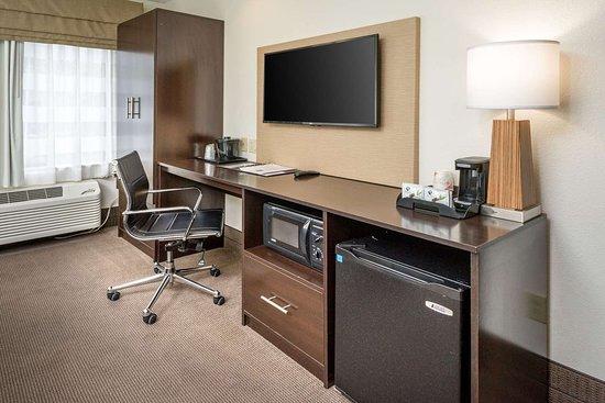 Sleep Inn: Guest room with added amenities