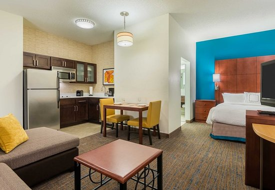 Residence Inn Chattanooga Downtown: Guest room