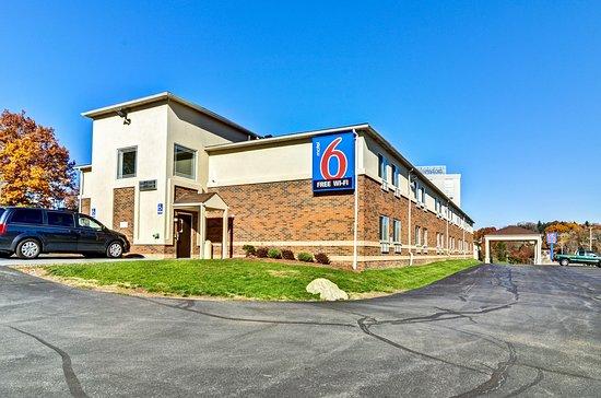 Motel 6 Pittsburgh Airport