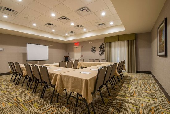 Waynesboro, GA: Meeting Room