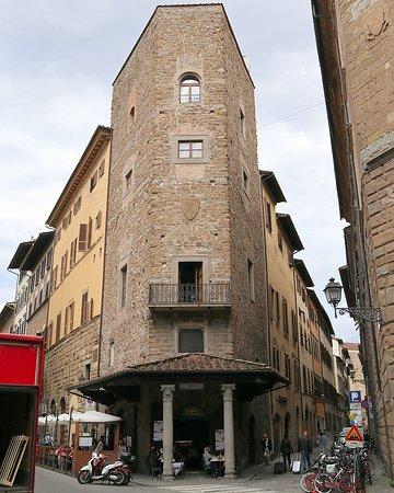 Palazzo e Torre degli Alberti